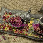 Naturel Nar Aromalı içi Antep Fıstıklı Dışı Gül Yaprağı Kaplı Lokum